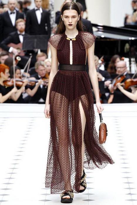125633470 101515 1902 6 Самые откровенные платья недель моды в 2015 году