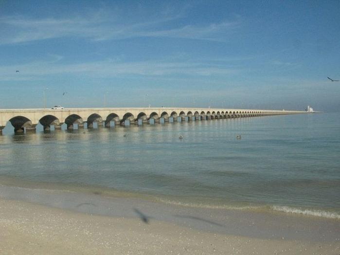 пирс прогресо мексиканский залив 1 (700x524, 258Kb)