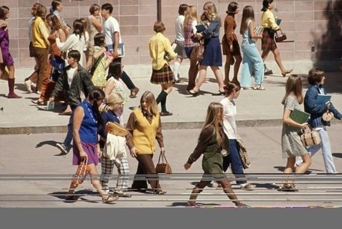 125790274 102315 1850 1 Как одевались американские студентки в конце 1960 х годов