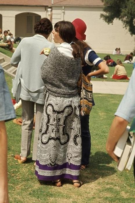 125790276 102315 1850 3 Как одевались американские студентки в конце 1960 х годов