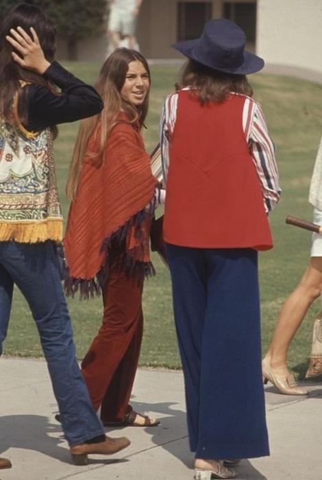 125790282 102315 1850 9 Как одевались американские студентки в конце 1960 х годов