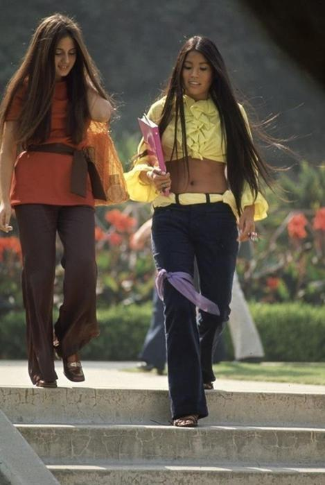 125790288 102315 1850 14 Как одевались американские студентки в конце 1960 х годов