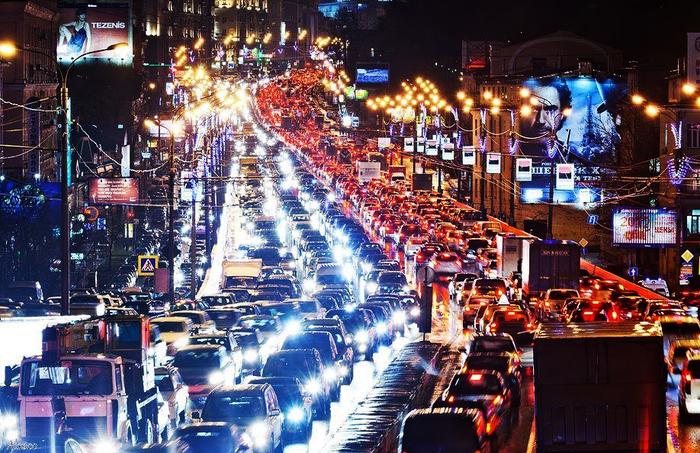 как узнать о пробках на дороге, есть ли пробки на дороге, город из окна пробки, /1446020128_2222222 (700x453, 494Kb)