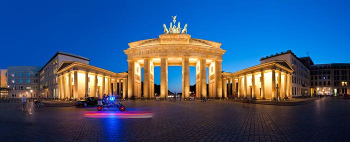 90. Берлин (Германия) (700x284, 214Kb)