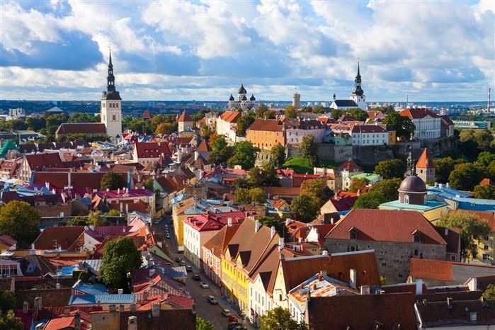 9. Таллинн (Эстония) (700x466, 437Kb)