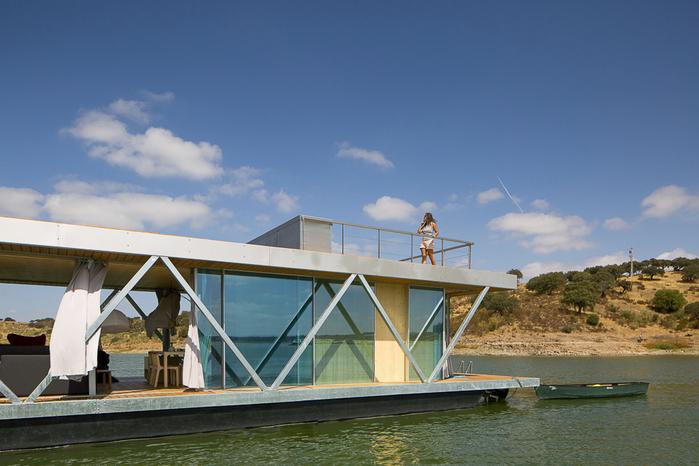 уютный дом на воде 3 (700x466, 353Kb)