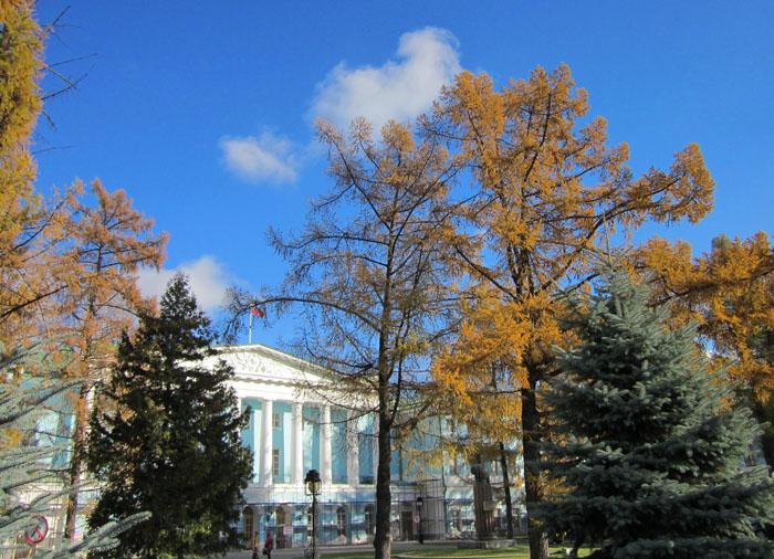 07 Осень в Марьиной роще (700x506, 380Kb)