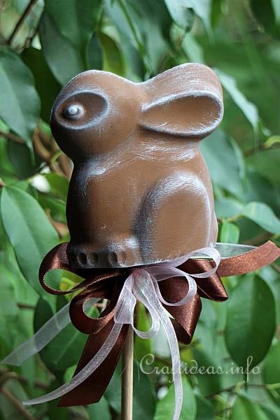 Plaster_of_Paris_Easter_Bunny_Plant_Stick (400x600, 204Kb)