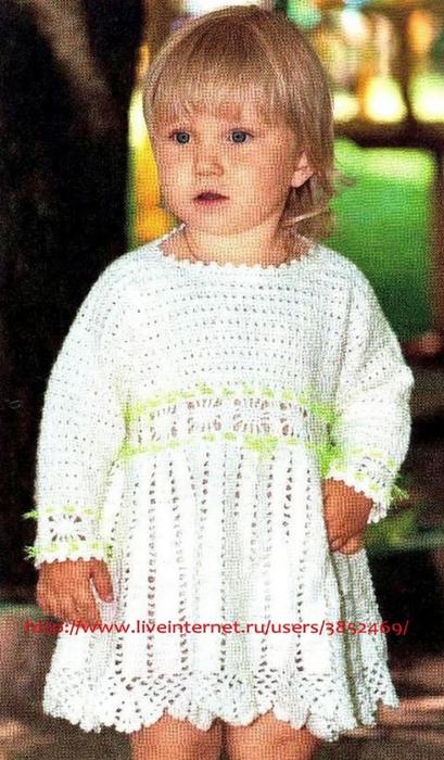 Белое платье на 3-4 года из акрила схема описание (409x700, 243Kb)