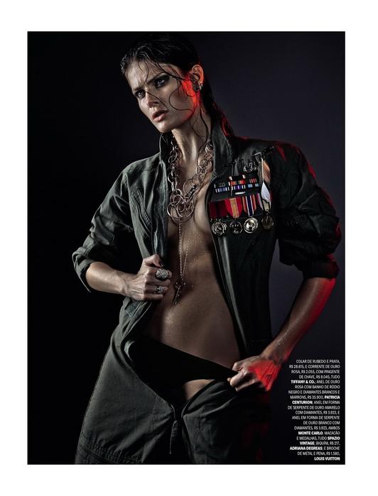 Isabeli Fontana Vogue Brazil 2013 (532x700, 193Kb)