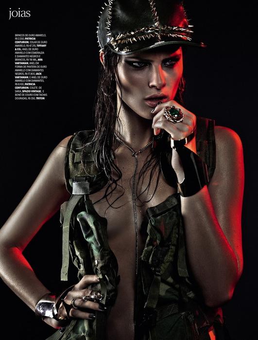 Isabeli Fontana Vogue Brazil 2013 5 (531x700, 286Kb)