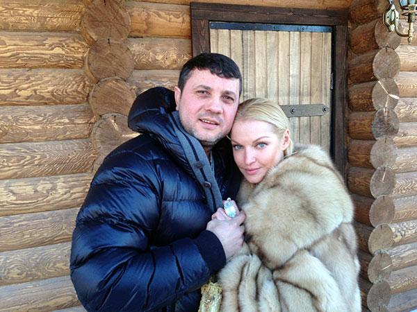 Бахтияр возлюбленный Анастасии Волочковой 2 (600x450, 84Kb)