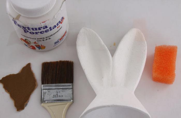 Пасхальный кролик из яйца.  Мастер - класс.