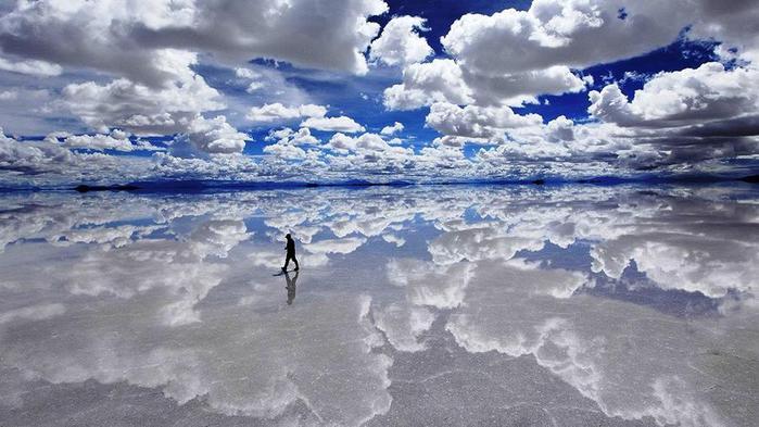 1. На юго-западе Боливии расположен самый крупный в мире солончак площадью 10 582 квадратных километров (700x393, 55Kb)