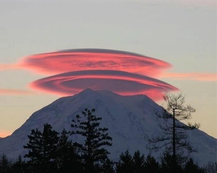 лентикулярные облака фото 16 (700x559, 157Kb)