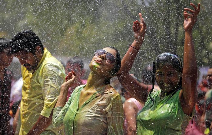 праздник холи в индии 1 (700x446, 160Kb)