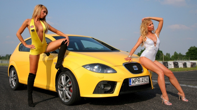 1365081465_auto-and-girls-wallpaper-1366x768 (640x359, 181Kb)