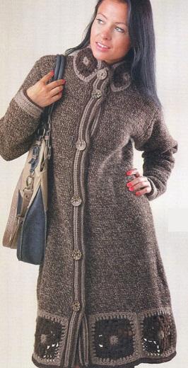 Вязаное пальто спицами или