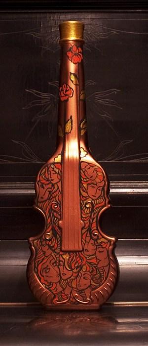 Декупаж скрипки-бутылки