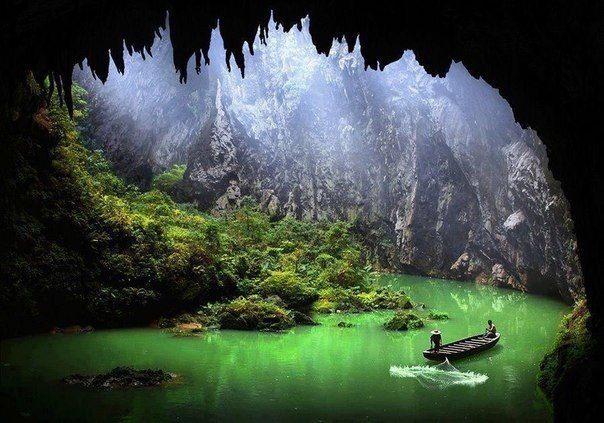 Озеро в пещере, Китай (604x423, 60Kb)