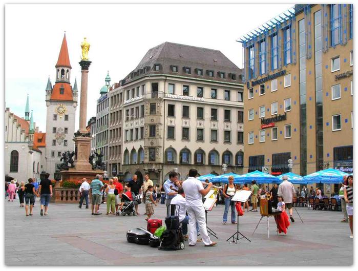 Marienplatz_Munich (700x529, 315Kb)