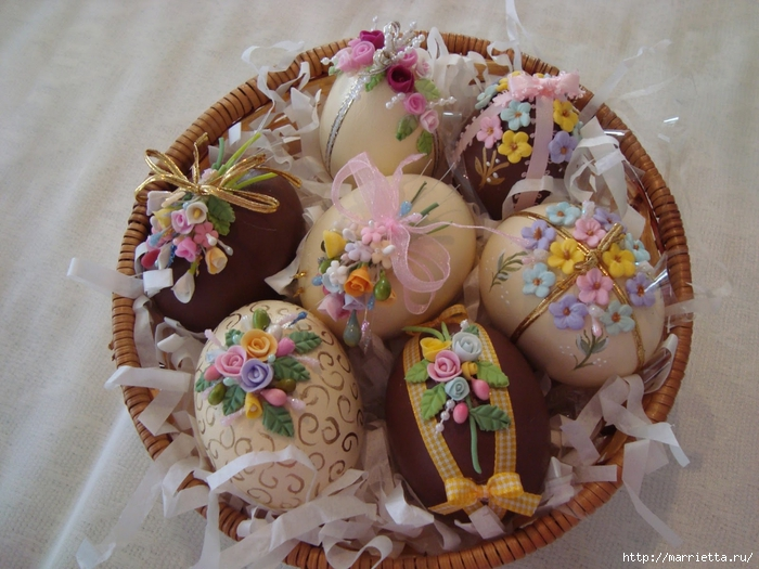 украшение пасхальных яиц сахарной мастикой (9) (700x525, 294Kb)