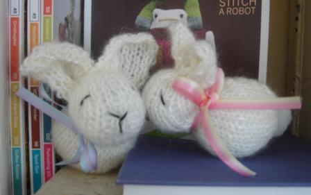 вязаный кролик (5) (448x281, 40Kb)