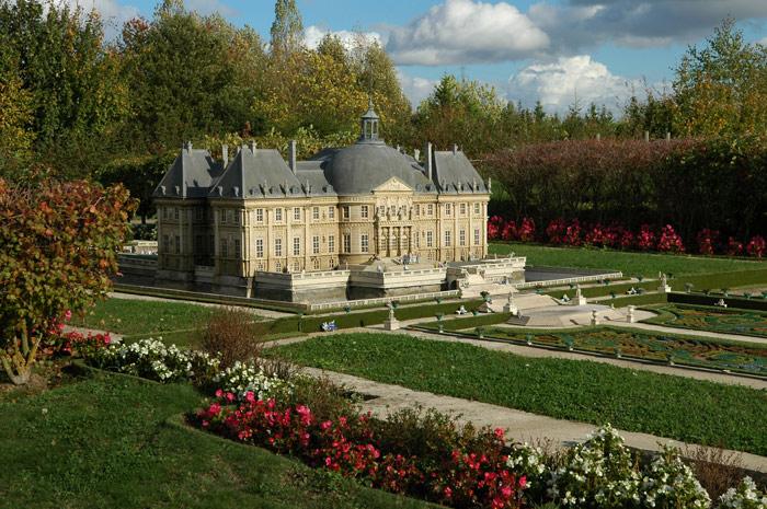 франция парк миниатюр фото (700x465, 145Kb)