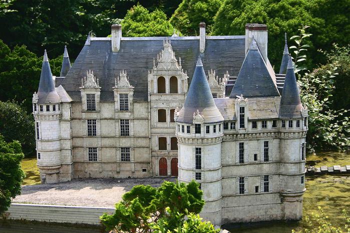 франция парк миниатюр фото 14 (699x466, 297Kb)