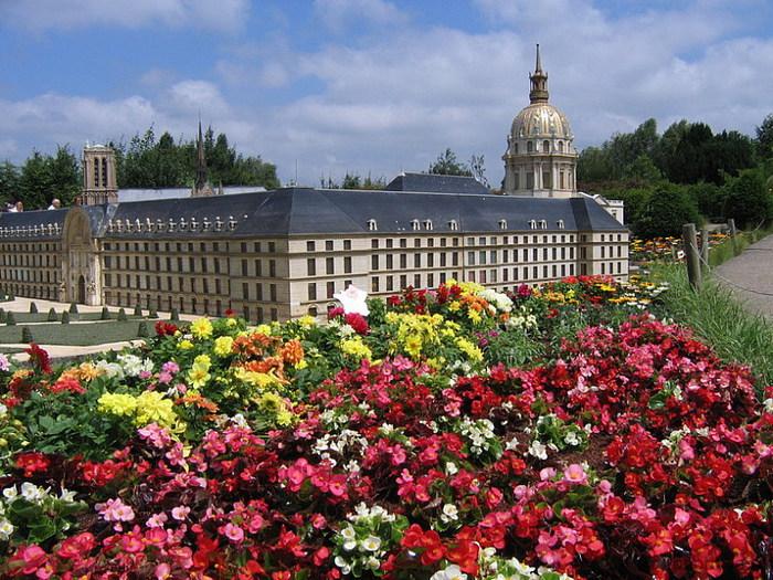 франция парк миниатюр фото 17 (700x525, 168Kb)