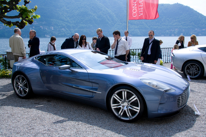 aston-martin-one-77-08 (700x467, 494Kb)