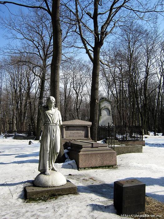Санкт-Петербург, кладбище Воскресенского Новодевечьего монастыря, 1 (525x700, 501Kb)