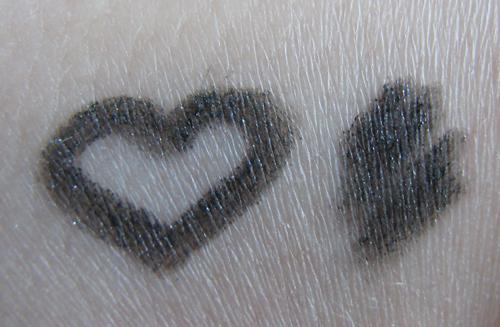 Chanel Stylo yeux waterproof  70 Black shimmer /3388503_Chanel_Stylo_yeux_waterproof__70_Black_shimmer_2 (500x327, 190Kb)