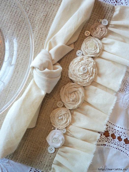 подушки из мешковины, бязи и цветов в стиле шебби шик (2) (525x700, 245Kb)