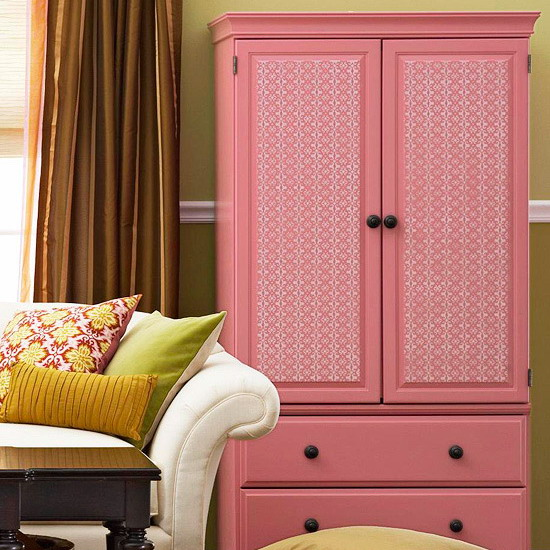 cabinets-updated-doors-with-wallpaper1_3 (550x550, 106Kb)