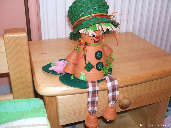 украшение для сада. куклы из цветочных горшков (17) (699x524, 225Kb)