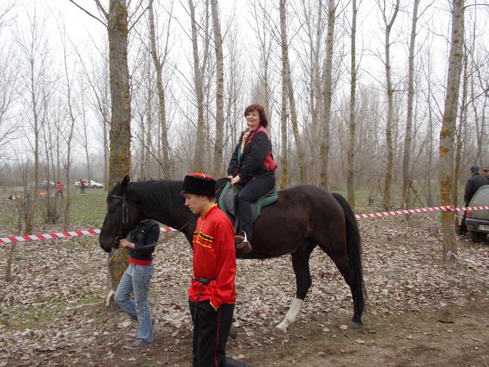конные прогулки в должанской (700x525, 281Kb)