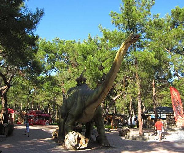 4449415_Dino_park (600x500, 217Kb)