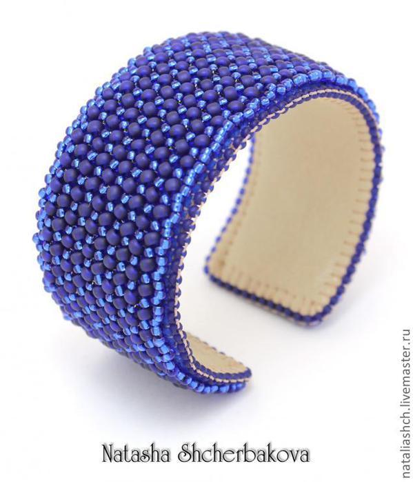 Отличный Мастер-класс по изготовлению браслета в технике ндебеле на металлической основе от.  Natasha Shcherbakova.