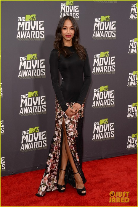 zoe-saldana-mtv-movie-awards-2013-red-carpet-03 (466x700, 91Kb)