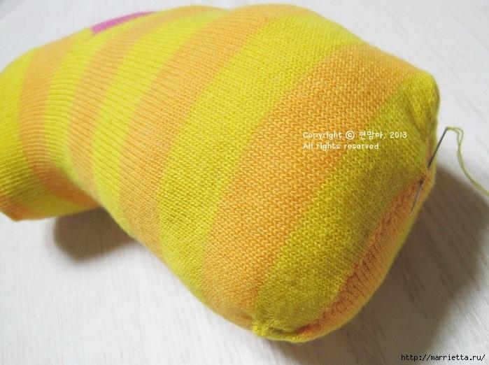 игрушки из носков. собачка (12) (700x522, 205Kb)