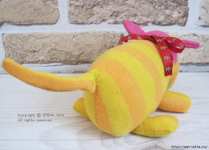 игрушки из носков. собачка (28) (700x502, 185Kb)