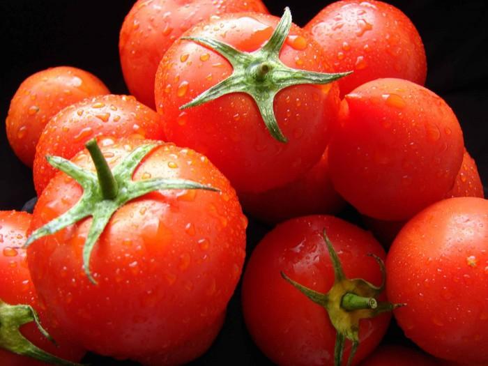 3768849_pomidorki (700x525, 86Kb)