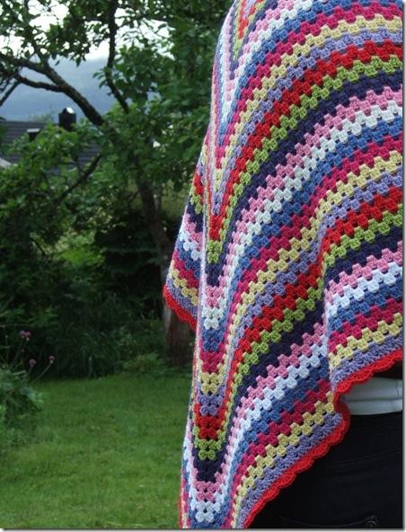 Шаль треугольная многоцветная