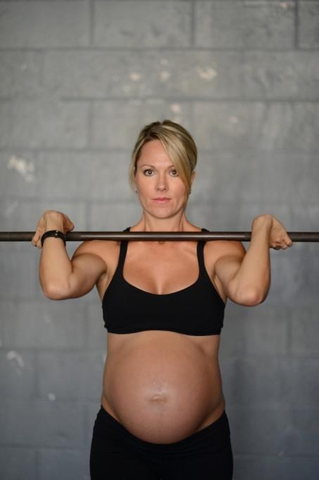 Леа–Энн Эллисон беременная фотосессия 6 (453x680, 94Kb)