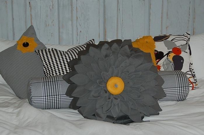 подушка-цветок (8) (700x462, 213Kb)