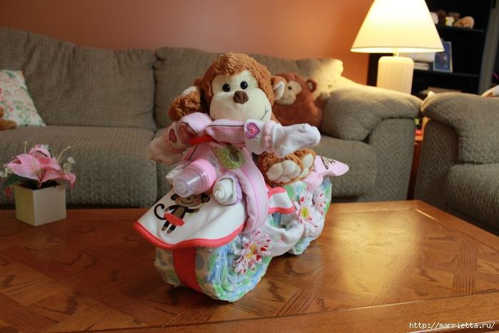 Motocicleta de los pañales - el mejor regalo para un recién nacido.  Master Class (17) (700x466, 246Kb)