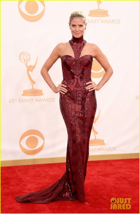 heidi-klum-emmys-2013-red-carpet-05 (458x700, 70Kb)