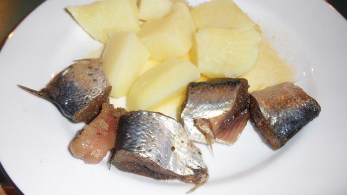 селедка с картошкой (700x393, 60Kb)