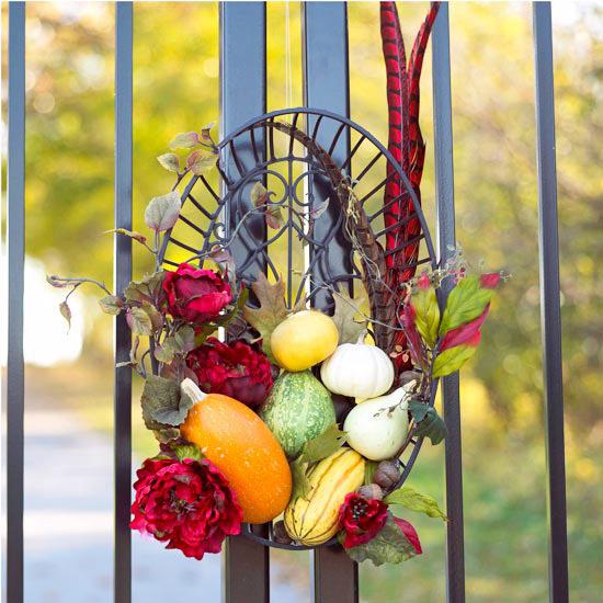 Как составить осеннюю композицию из даров природы: вазы, венки и прочее/2565092_osen_venok_ovoshi (550x550, 111Kb)